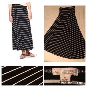 The Gap Maxi Skirt - Black & White